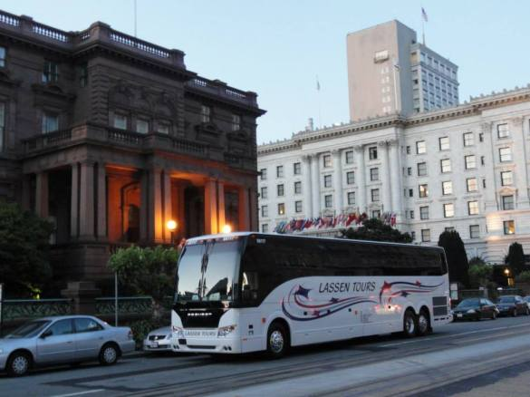 Lassen Bus