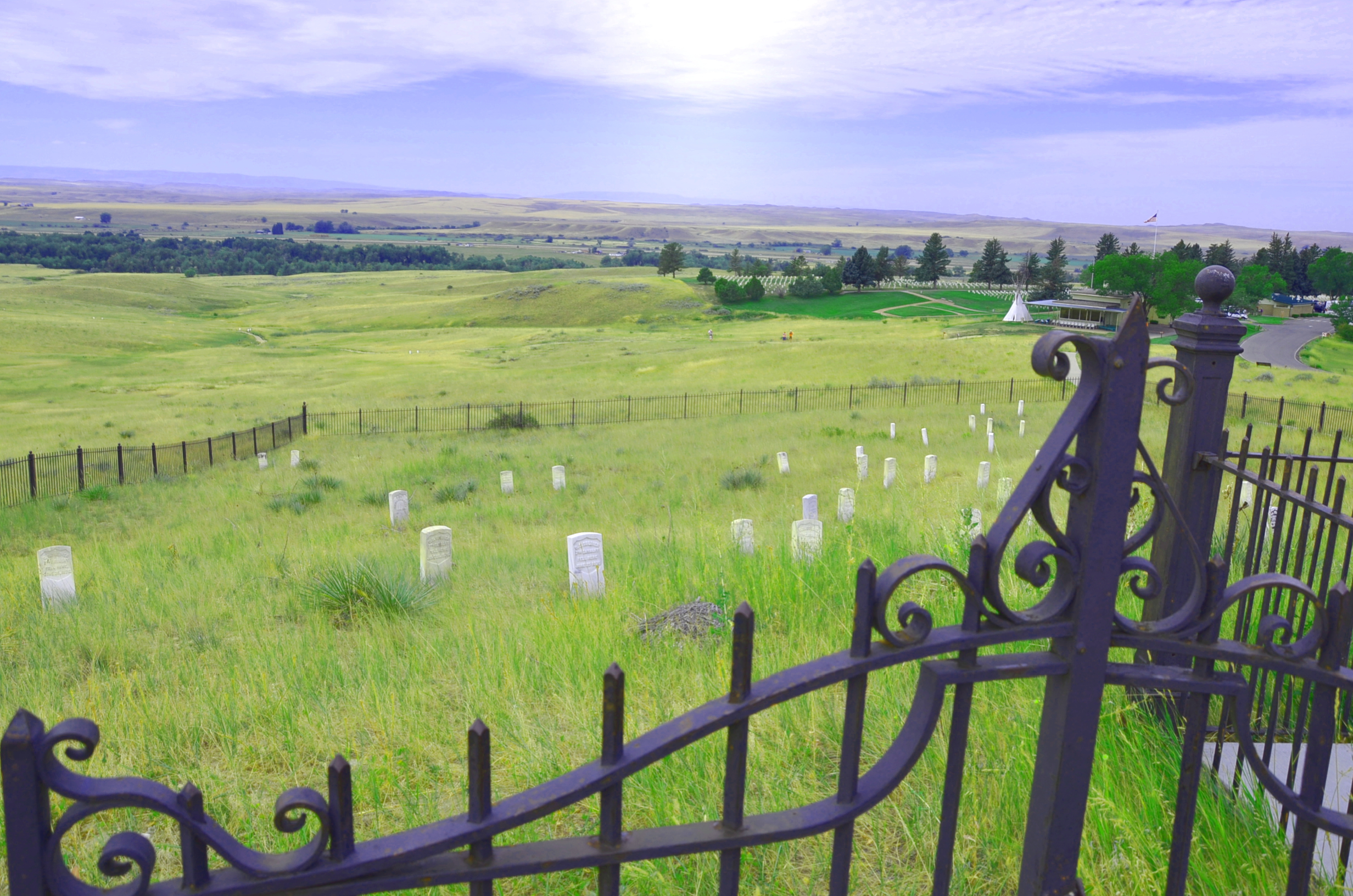 little bighorn On june 25, 1876 the united states army suffered one of its greatest and most famous defeats in the sioux wars at little bighorn, general george.
